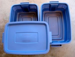 Plastic Tubs for a Worm Bin